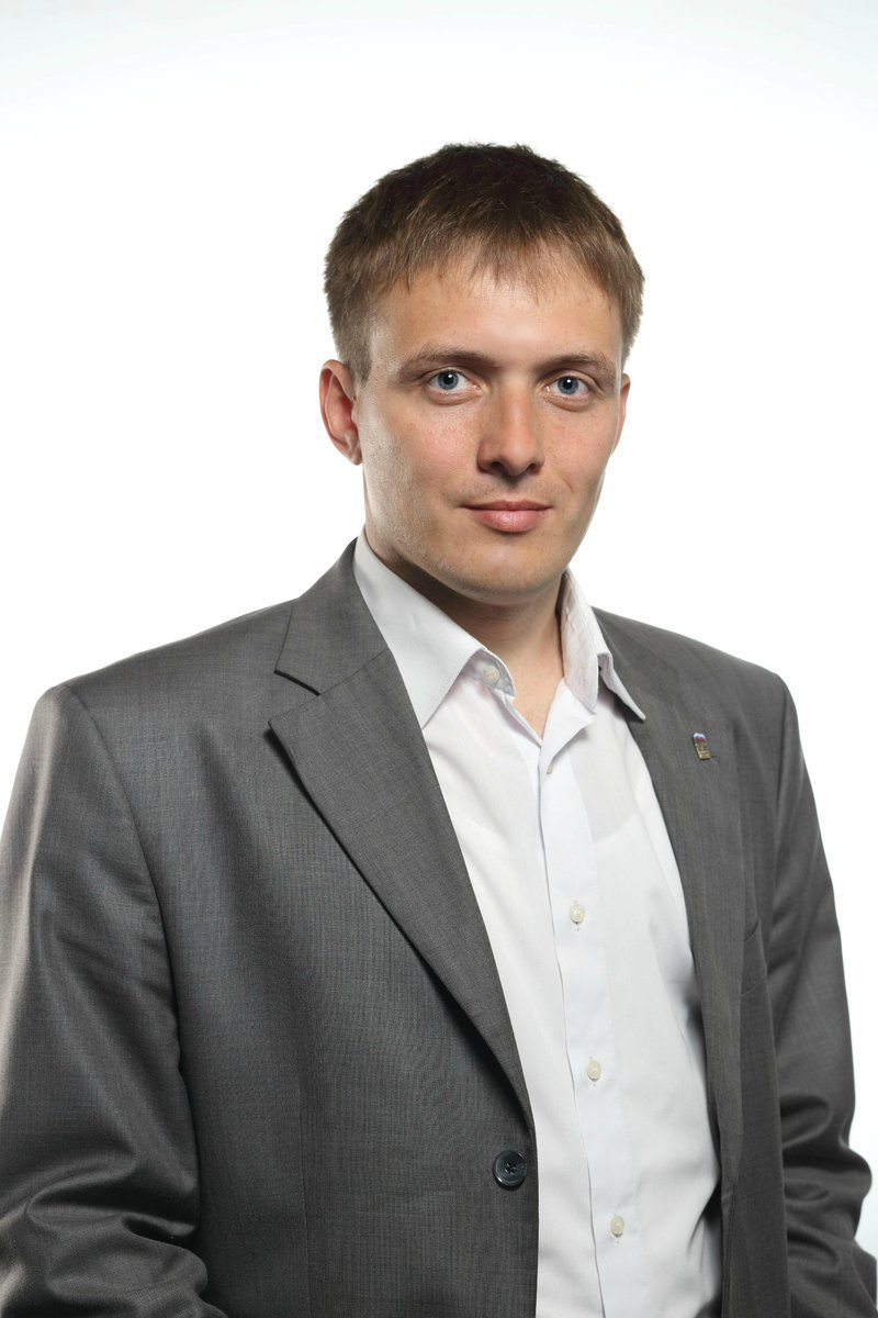 Артем Лобков