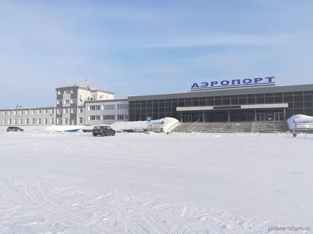 Имущество «ВИМ-Авиа», владеющей аэропортом Братска, арестовали на 1,5 миллиарда рублей