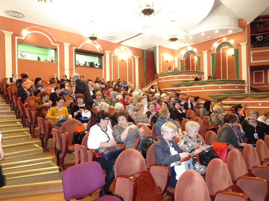В Братске открылся форум «Будущее России в руках женщин» (фото)