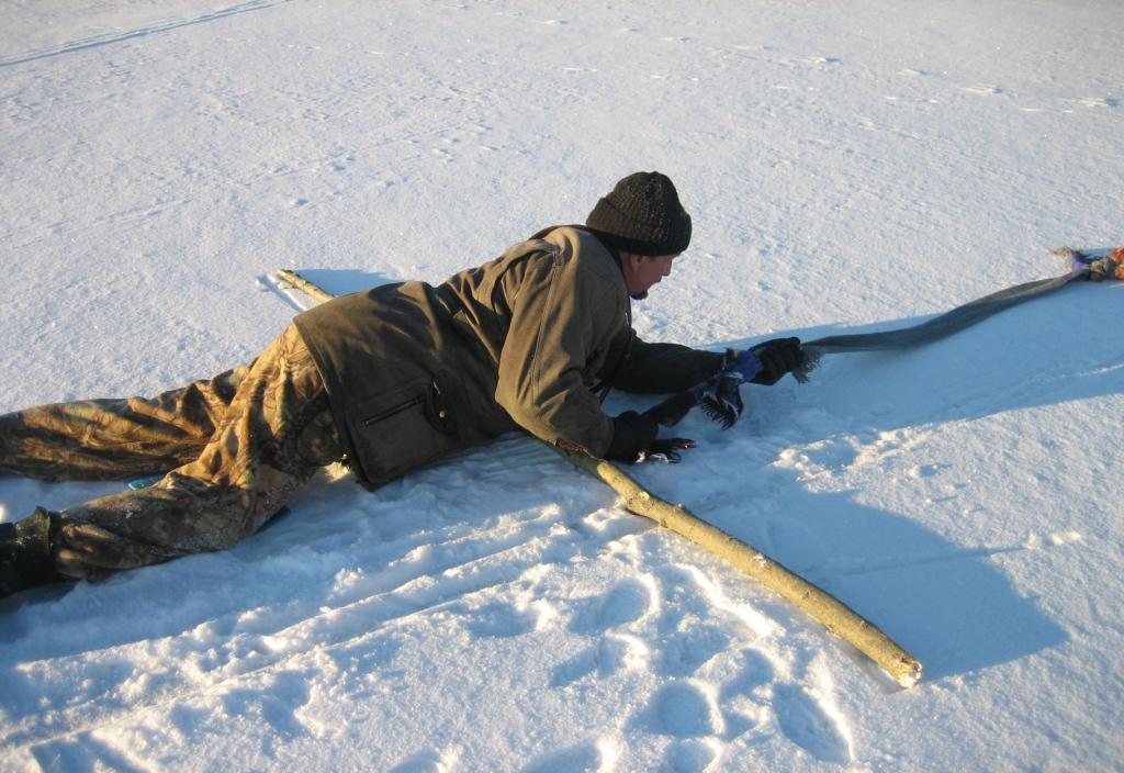 Всё тоньше. Лёд на Усть-Илимском водохранилище начал разрушаться