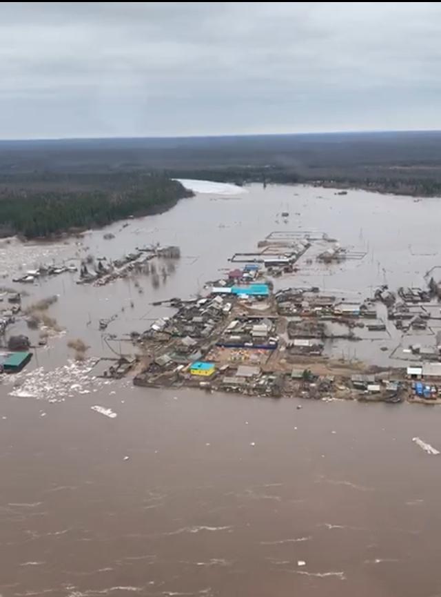 Сегодня в Катангском районе продолжаются взрывные работы для ликвидации ледового затора на реке Нижняя Тунгуска