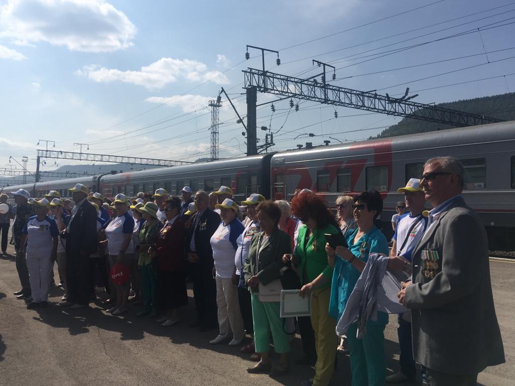 Назад в 1974-й. В Усть-Кут прибыл необычный поезд (фото)
