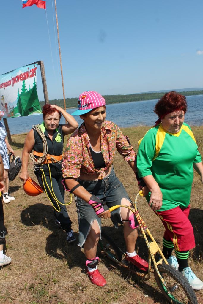 Энергия и юношеский задор. В селе Ершово прошел очередной турслет ветеранов и пенсионеров Усть-Илимского района (фото)
