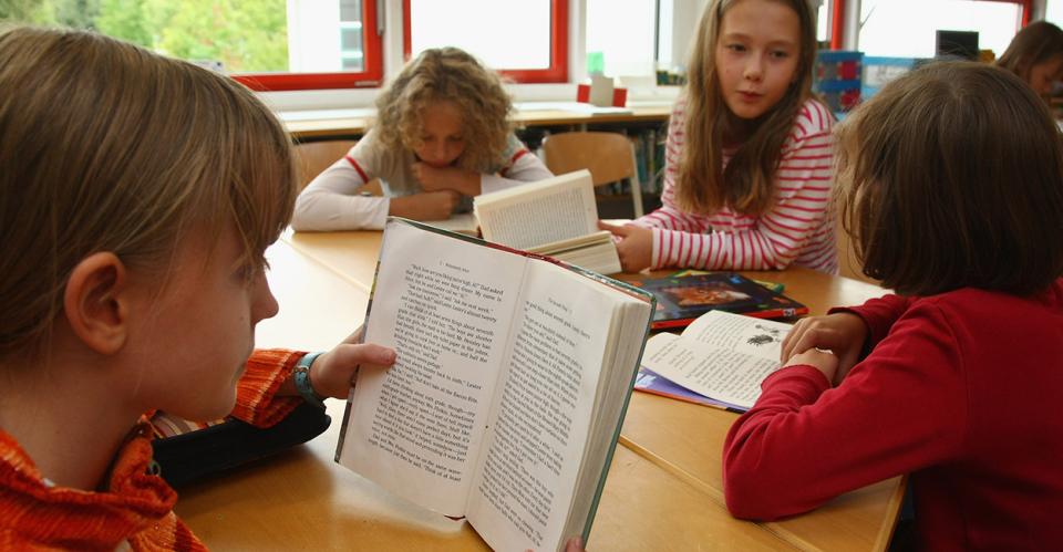 Скажи-ка, дядя... В День Лермонтовской поэзии усть-кутские школьники читали «Бородино»