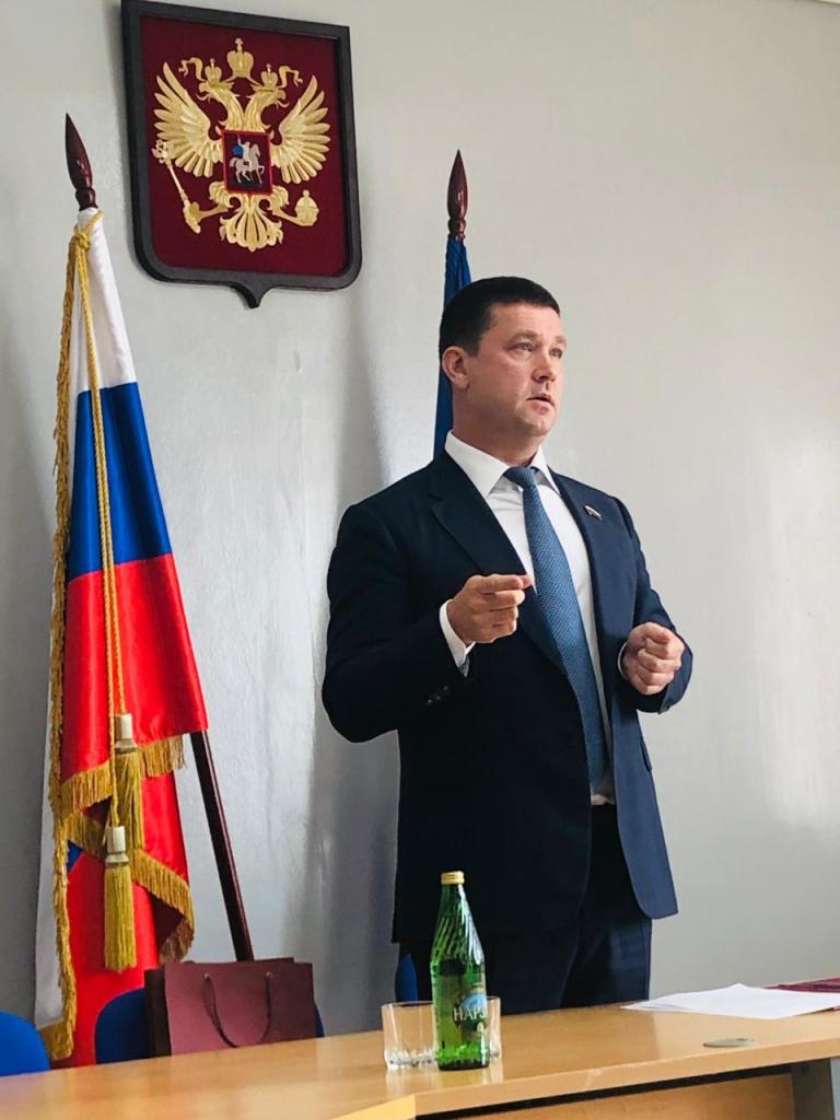 Андрей Чернышев: Эффективнее всего решать проблемы территорий на всех уровнях власти (фото)