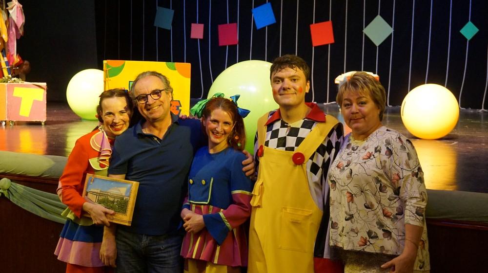Фонд Андрея Чернышева организует гастрольный тур драматического театра в поселения Братского района