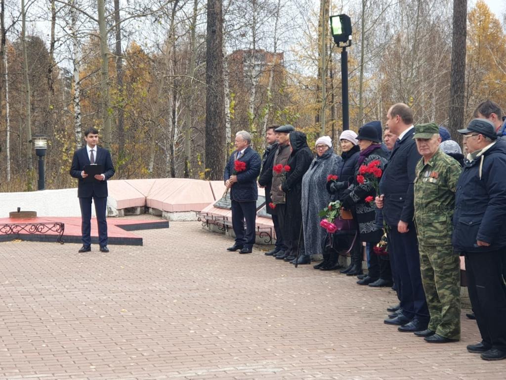 В память о погибших. В Братске торжественно открыли мемориал воинам, павшим в необъявленных войнах (фото)