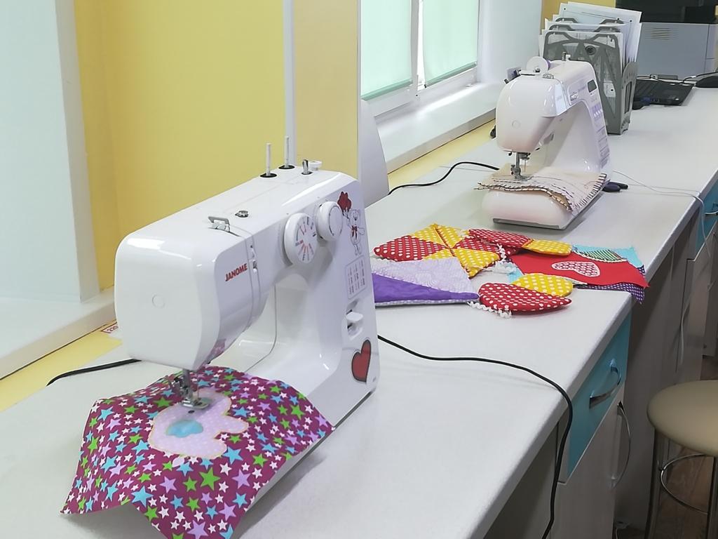Лепят из глины, шьют и вышивают. В школе № 18  города Братска открыли  уникальный класс технологии
