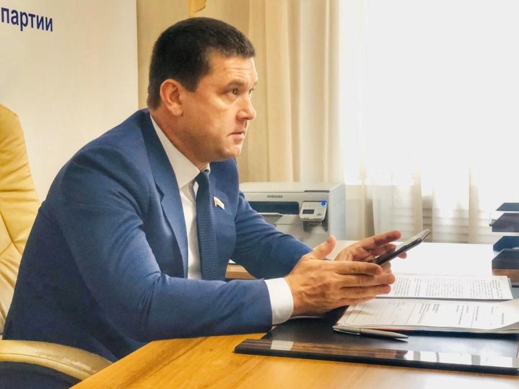 Андрей Чернышев провел общественный прием в Иркутске