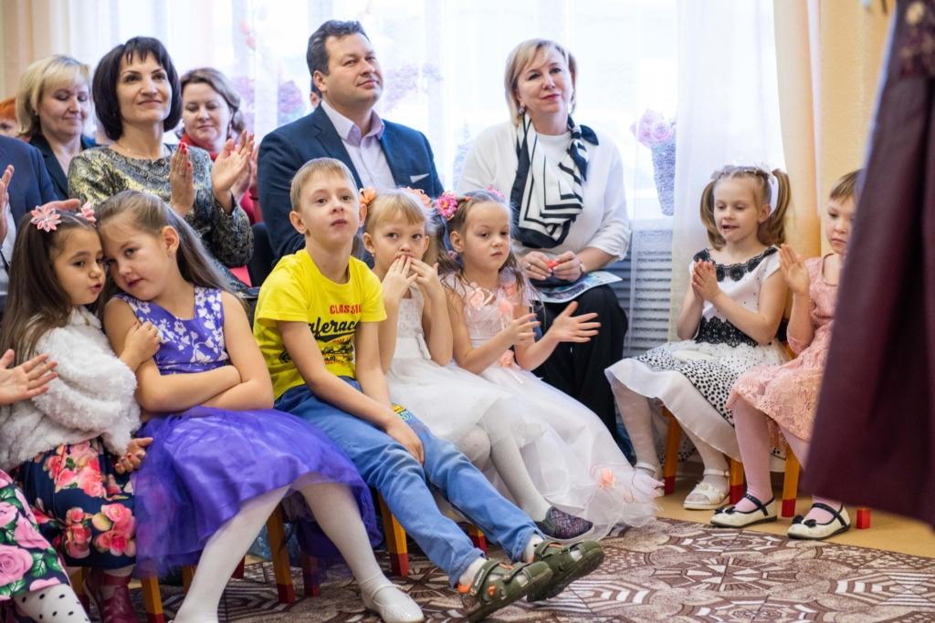 Подарок всем малышам Седаново. В поселке Усть-Илимского района после реконструкции открылся детский сад