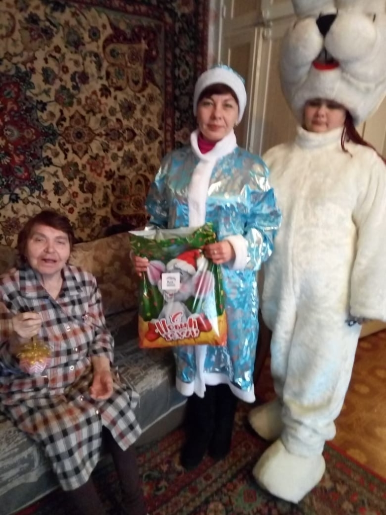 Подари сказку! В Усть-Куте завершилась новогодняя благотворительная акция