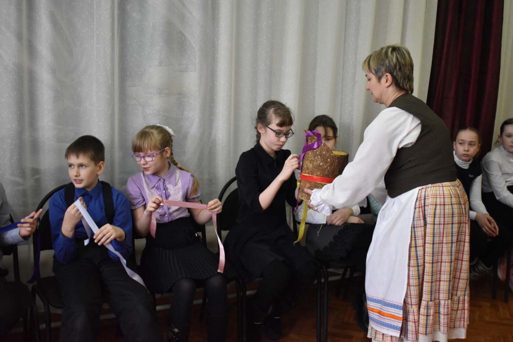 Вместе с «Аушрой». В детской библиотеке Усть-Илимска прошла неделя литовской культуры (фото)