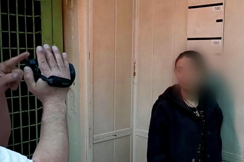 В Братске задержали сестер, которые похитили у 90-летнего пенсионера 29 тысяч рублей