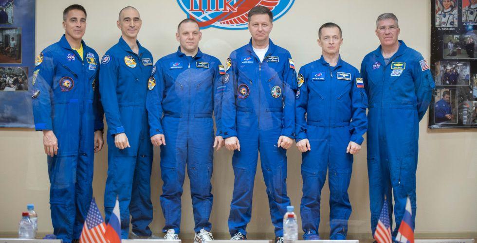 Поехали! Наш земляк Анатолий Иванишин из Иркутска сегодня летит в космос
