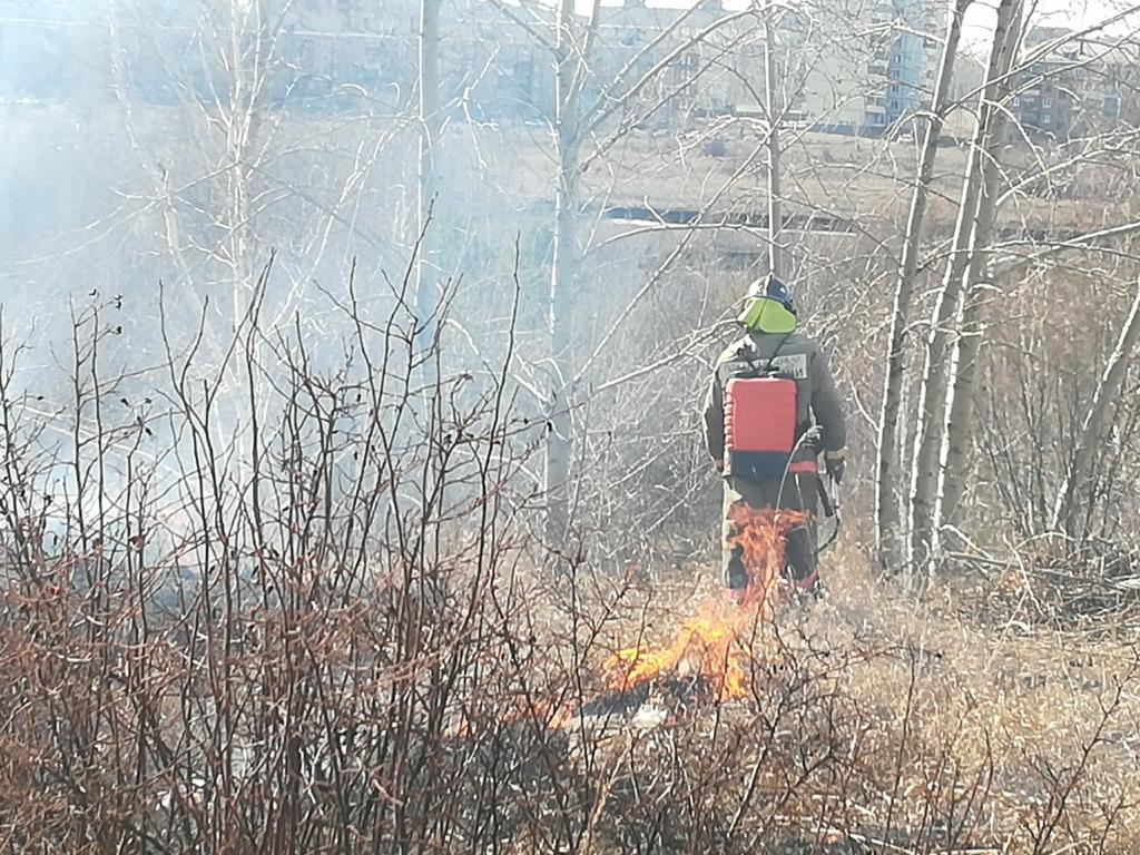К пожароопасному режиму готов! Муниципальные образования Иркутской области приступили к профилактическим мероприятиям по отжигу травы