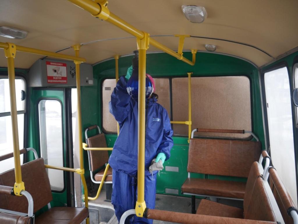 В Усть-Куте проводят дезинфекцию общественного транспорта