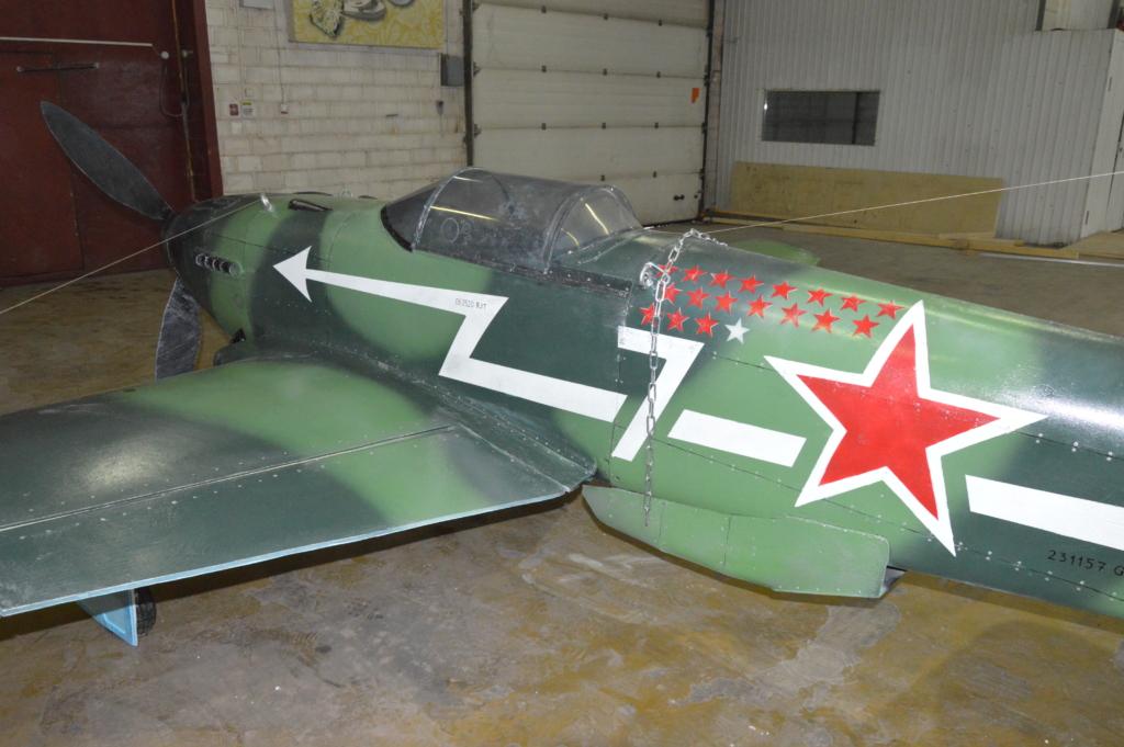 В Братске «сел» самолет - истребитель Як-3