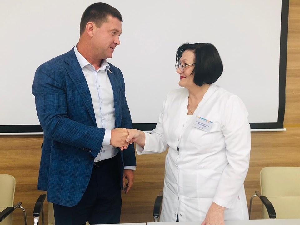Андрей Чернышев: С наступающим Днем медицинского работника!