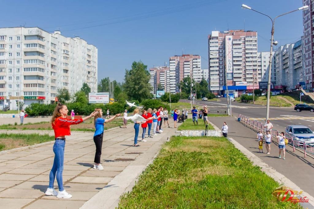 Вместе со всей страной. Усть-Илимск отметил юбилей Парада Победы