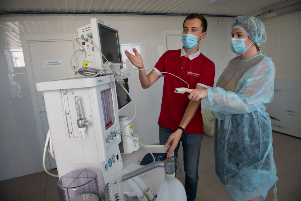 На страже здоровья. В Усть-Илимск поступило новейшее оборудование для реанимации и защитные средства