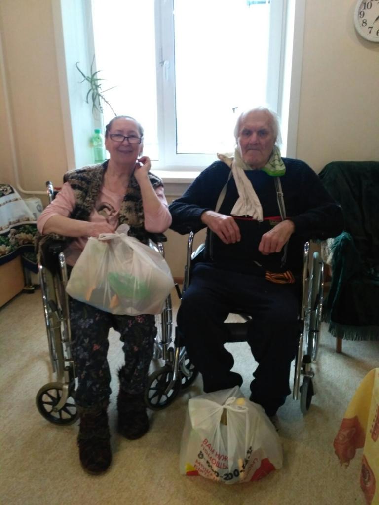 Откройте, соцзащита! В Усть-Илимске пенсионеры порой отказываются принимать бесплатные продуктовые наборы