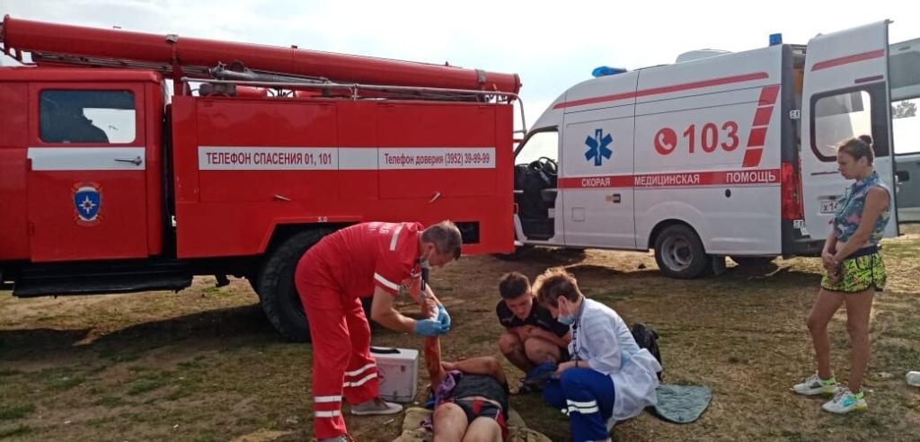 Сработали оперативно. Спасатели Усть-Илимска пришли на помощь упавшему со скалы жителю