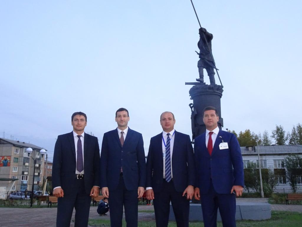 По поручению главы региона Константин Зайцев и Андрей Чернышев проверили подготовку котельной Вихоревки к зиме