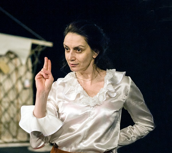 Стать актером. Усть-Илимский театр драмы и комедии объявляет набор в студию для взрослых