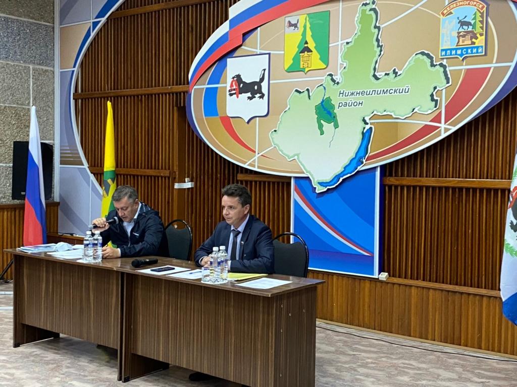 Андрей Чернышев: Губернатор дал поручение ускорить решение инфраструктурных проблем Нижнеилимского района